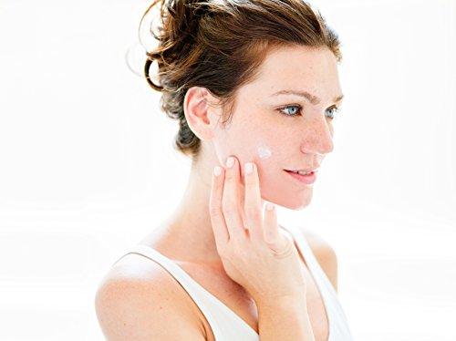 410kdEfZITL - InstaNatural Vitamin C Moisturizer - Anti Aging & Wrinkle Cream - Hyaluronic Acid & Organic Jojoba Oil - Wrinkles, Hyperpigmentation, Acne, & Dark Spot Corrector for Face - Men & Women - 3.4oz