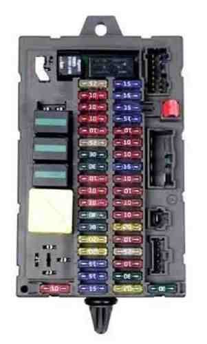 amazon com land rover discovery 2 ii 03 04 interior fuse box rover 600 fuse box diagram land rover discovery 2 ii 03 04 interior fuse box yqe000251 new