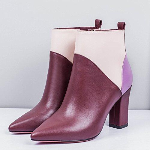 Dicke Schicht aus Leder farblich passenden hochhackigen Stiefeln Salto Maroon