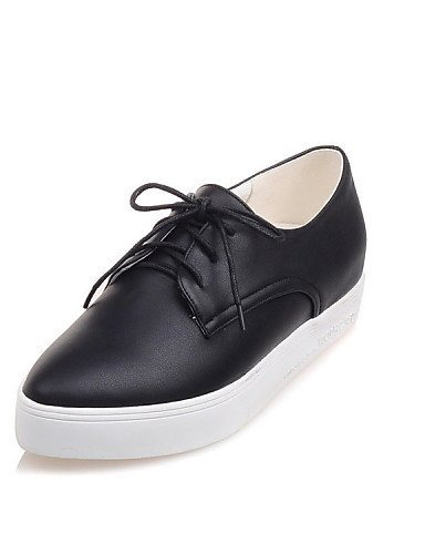 ZQ hug Zapatos de mujer - Tacón Plano - Puntiagudos - Oxfords - Exterior / Casual / Deporte / Laboral - Semicuero - Negro / Blanco , white-us10.5 / eu42 / uk8.5 / cn43 , white-us10.5 / eu42 / uk8.5 / black-us3.5 / eu33 / uk1.5 / cn32