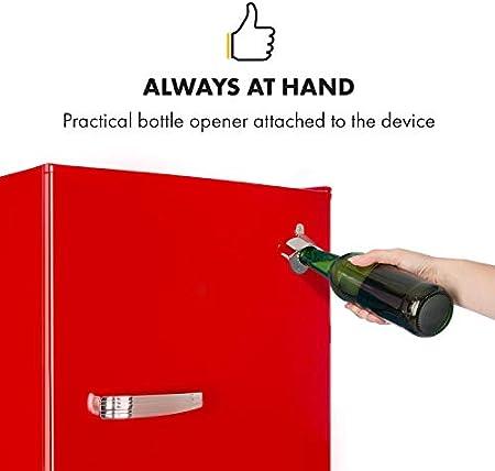Klarstein Beercracker 90L – Nevera de 90 litros, eficiencia energética clase F, incluye congelador, cajón para verduras, 3 compartimentos en la puerta, abrebotellas, 2 baldas de vidrio, rojo[Clase de eficiencia energética F]
