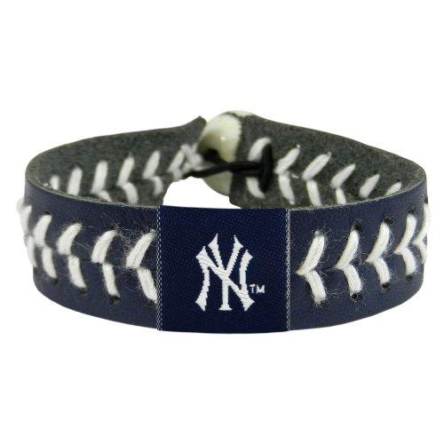- MLB New York Yankees Team Color Baseball Bracelet