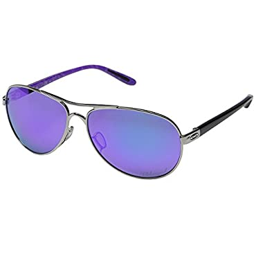 Oakley Women's Feedback Polarized Iridium Aviator Sunglasses, Polished Chrome, 59 mm