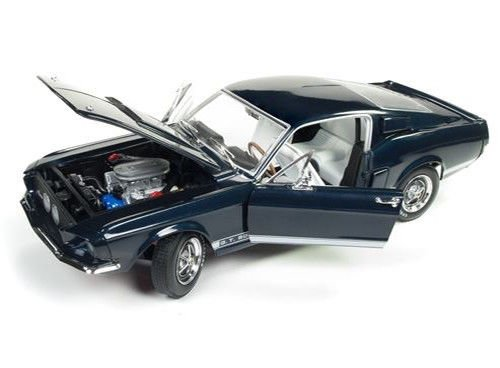 Diecast Metallic Blue Car (Autoworld AMM1111 1967 Ford Shelby Mustang GT 500 2+2 Nightmist Blue Metallic Hemmings Muscle Machines and 50th Shelby Anniversary Limited Edition to 1002pc 1/18 Diecast Model Car)