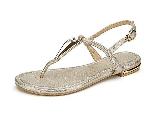 La Sra estudiante lindo con los zapatos de diamantes sandalias planas romanas B