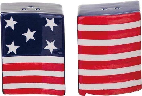 - Waving American Flag Salt & Pepper Shaker Set - Ceramic