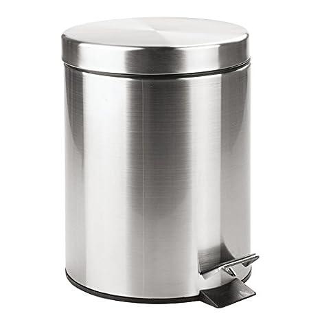 mDesign Cubo de basura con tapa y pedal – Moderna papelera de baño de acero resistente con recipiente interior extraíble – Capacidad: 5 litros – ...