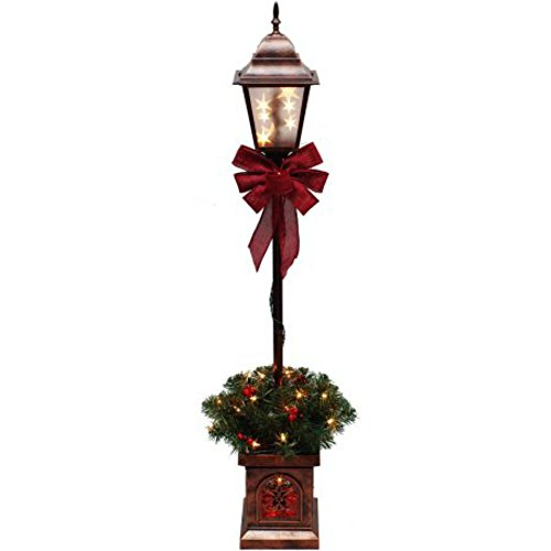 Outdoor Holiday Lamp Post