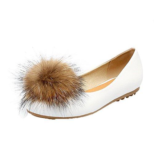 AgooLar Damen Niedriger Absatz PU Rein Ziehen auf Rund Zehe Pumps Schuhe Weiß