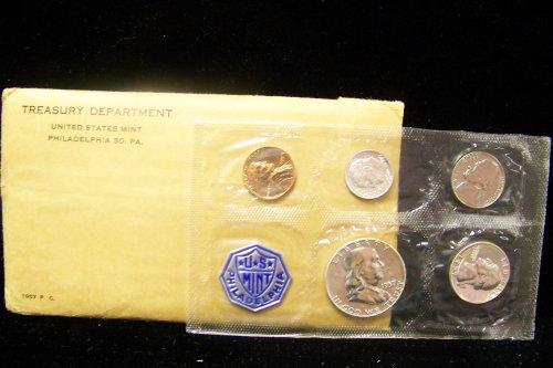 1957 P U.S. Proof 5pc Coin Set in Envelope Franklin +++ (Rare Penny Half)