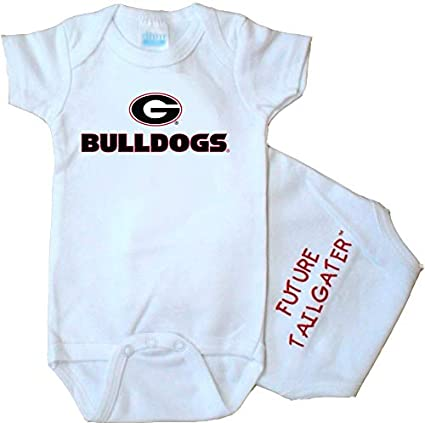 Amazon.com  Future Tailgater Georgia Bulldogs FT Baby Onesie  Sports ... d51ac6e11