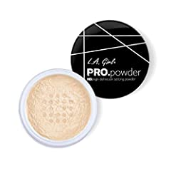 A luxe finishing powder that sets the foundation and mattifies skin. Made of 100% mineral silica, this powder is a luxurious and versatile tool that perfectly sets your makeup while evening out the complexion, softening lines and imperfection...