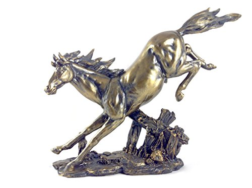 Bucking Horse (Bucking Horse Statuette)