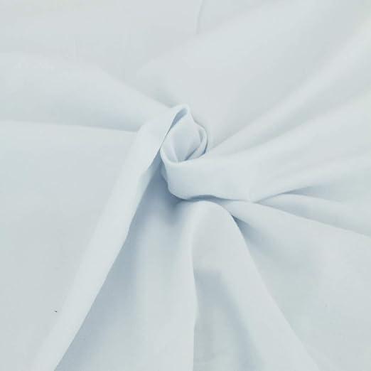 Confeccionada en algodón de punto de jersey de color blanco, se ...