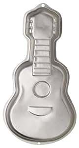 Wilton 2105-570 - Molde para hornear en forma de guitarra