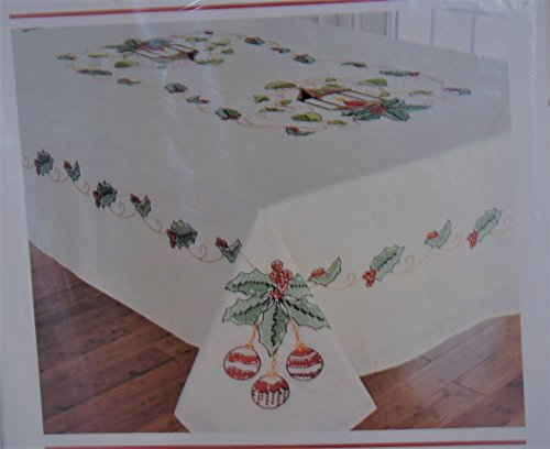 (Holiday Greetings Tablecloth Stamped Cross Stitch Kit)