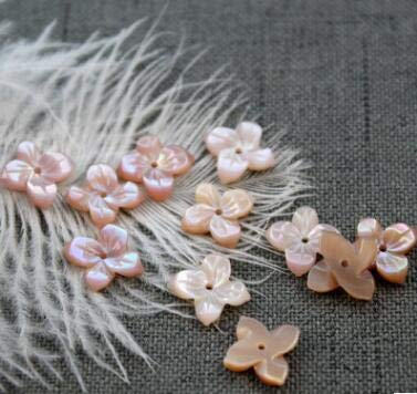 Calvas 12MM White Natural Mother Pearl Shell Flower Beads Seashell Stone Carved Bead for DIY Pendants Necklaces Craft Jewelry Making - (Color: Pink as Photo) ()
