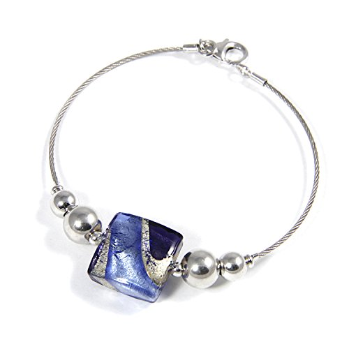 Woman's bracelet with Murano glass square shaped bead, enhanced by a white gold leaf made in Florence, 925 silver rhodium plated spheres mounted on stainless steel cable. BAR020-W02