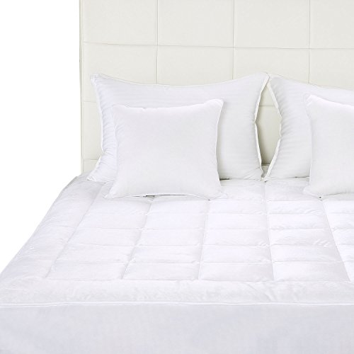 Quilted Fitted Mattress Pad (Full) - Mattress Cover Stretches up to 16 Inches Deep - Micro Plush Ultra Soft and Overfilled Fleece Mattress Topper by Utopia Bedding