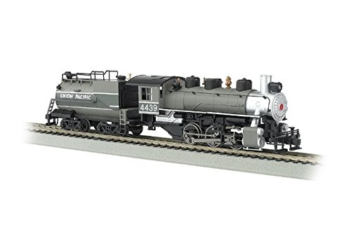 Bachmann Industries Trains Usra 0-6-0 with Smoke & Vanderbilt Tender Union Pacific #4439 Ho Scale Steam Locomotive