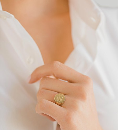 monogram signet ring ()