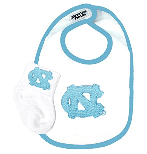 (Future Tailgater North Carolina UNC Tar Heels Baby Bib and Socks Set)