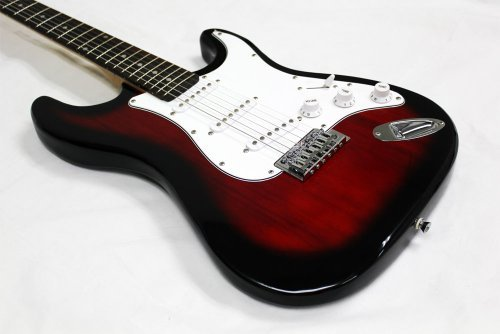 Crescent 39-Inch Electric Guitar with Gig Bag and Accessories - Metallic Red