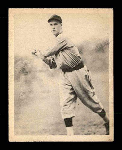 1939 Play Ball #55 Arky Vaughan EX X1706586