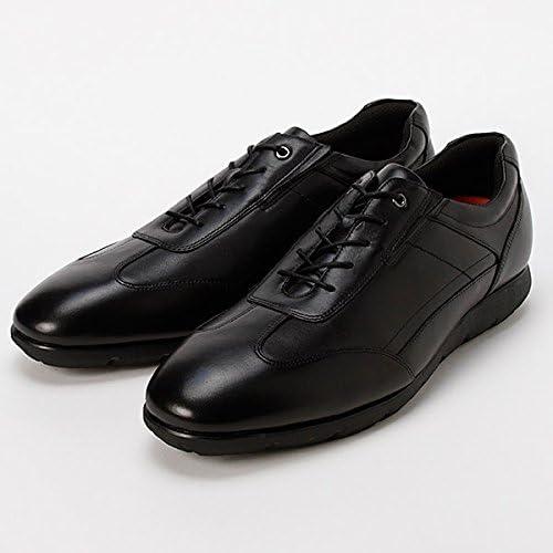 """お手軽価格でお気に入りの一足がコレ。かれこれ1年近く酷使していますが、購入直後""""は""""真面目に革靴クリームでケアをしていただけあって、まだまだ履けそうです。"""