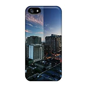 Iphone 5/5s Case Cover Skin : Premium High Quality Toronto Reflections Case