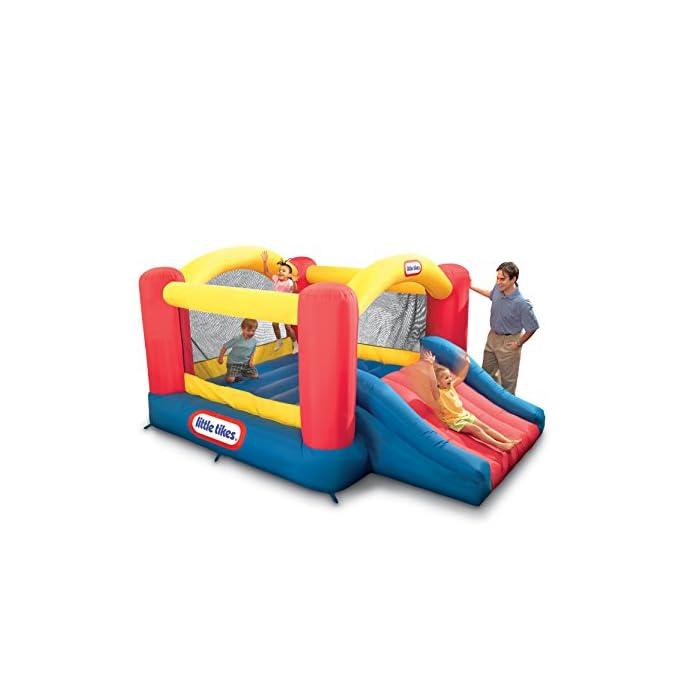 4118iBI4BGL Los niños pueden saltar, deslizarse y rebotar en este inflable inflable de Little Tikes Jump 'n Slide Bouncer. Un divertido diseño de casa hinchable ofrece una gran área para varios niños y un divertido tobogán. El Jump'n Slide Bouncer se infla en minutos y se pliega de forma compacta para un fácil almacenamiento.