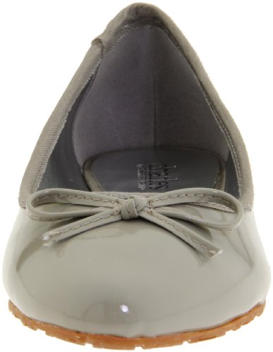 Charles by Charles David Womens Finch Ballerina Flat Taupe yIsXH