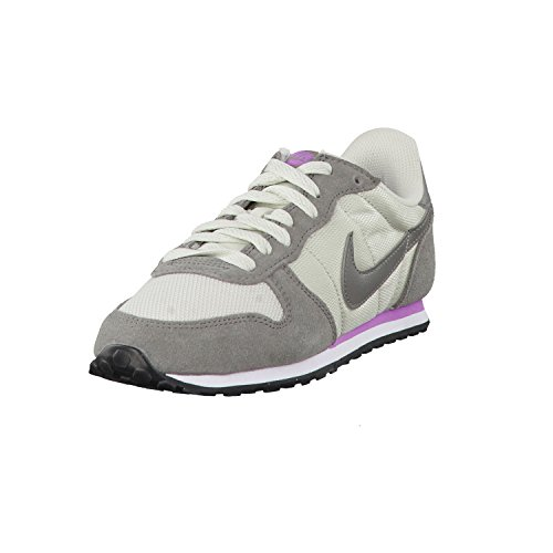 Nike Genicco - Zapatillas para mujer, color lght bn/flt pwtr-fchs glw-white, talla 36