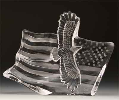 (VG Engraved Lead Crystal - Eagle W/Flag )