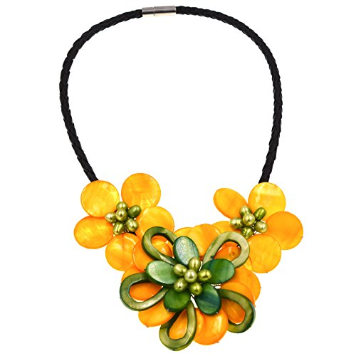 Green Mother Of Pearl Shell (2017 new fashoin jewelry Mop Shell Yellow and green mother of pearl shell flower necklace)