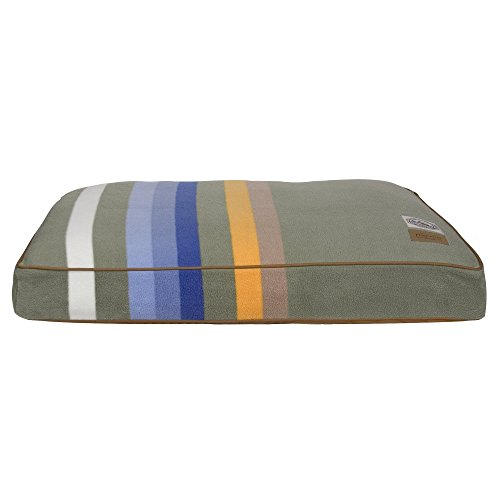 The Pendleton Collection Rocky Mountain National Park Dog Bed - Medium