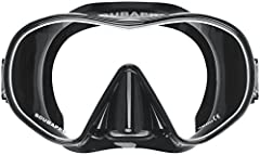 Comfortable and easy to use, the Scuba solo dive mask is a favorite among recreational divers. Scuba dual-colored frameless single-lens design delivers a panoramic field of view, so you'll catch every detail. A crystal-clear, double-sealed Si...
