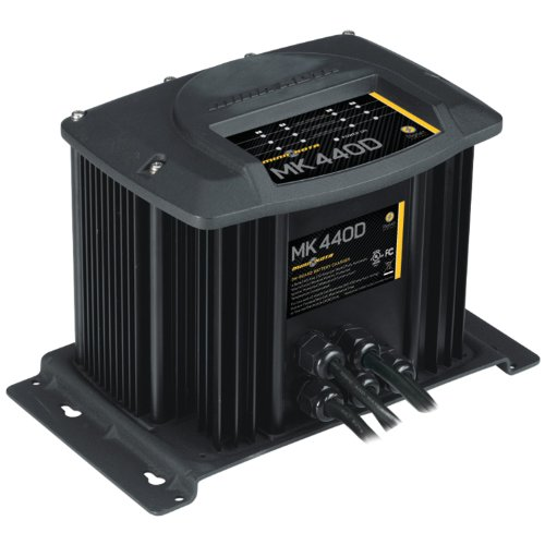 (MinnKota MK 440D On-Board Battery Charger (4 Banks, 10 Amps Per Bank))
