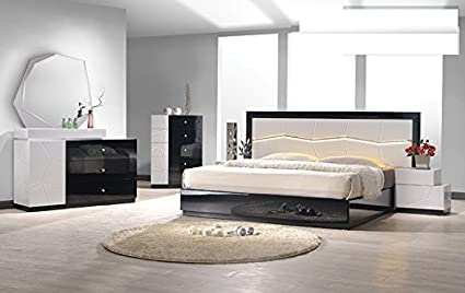 Amazon.com: Modern Berlin 4 Piece Bedroom Set Eastern King ...
