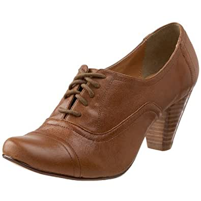 Steve Madden Women's Harah Lace-Up Oxford,Cognac Leather,10 M US