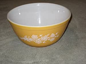 "1960-70's Vintage Pyrex "" Butterfly Gold "" 1 1/2 Quart Mixing Nesting Batter Bowl"