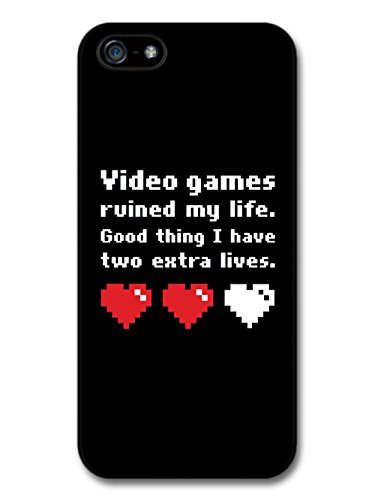 Video Games Ruined My Life Funny Illustration with Red Hearts coque pour iPhone 5 5S
