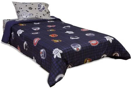 Genuine Nhl Comforter Twin Double Featuring All The Winning Teams Please Note This Is For The Comforter Only The Picture Shows Sheets Which Are Available Separately Amazon Ca Home Kitchen