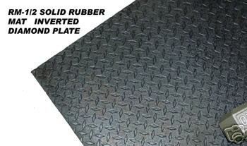 Solid Rubber Mat 4'x6'x1/2'' (Sold as 32 Pieces)