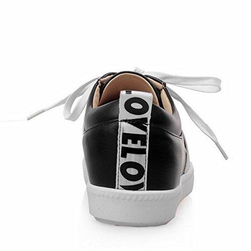 AllhqFashion Damen PU Leder Gemischte Farbe Schnüren Rund Zehe Niedriger Absatz Pumps Schuhe Schwarz