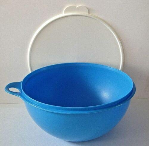 Tupperware Thatsa Bowl in Rain Drop Blue by Tupperware (19 Cup)