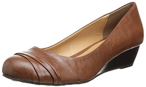 CL by Chinese Laundry Women's Melanie Smooth Wedge Pump