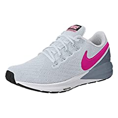 The Nike Air Zoom Structure 22 Women's Running Shoe looks fast and feels secure. Engineered mesh, a heel overlay and dynamic support throughout the midfoot all work together to provide a smooth, stable ride.