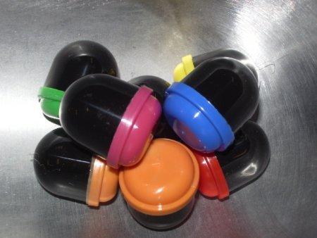 "2"" EMPTY Black Acorn Capsules Mixed Color (100 Count)"