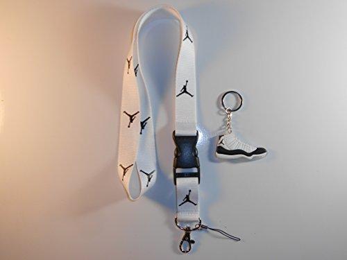 ith One Jordan keychain ()